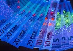Linterna UV Precio