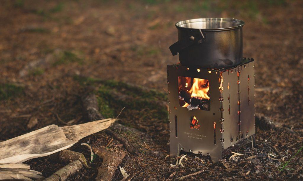 Qué tomar en cuenta para Comprar una Estufa de Leña para Camping