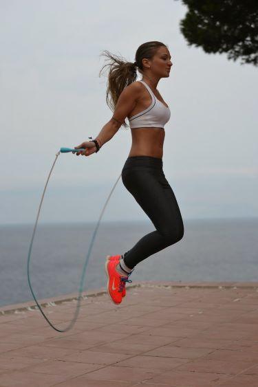 Qué es y para qué sirve una cuerda de saltar